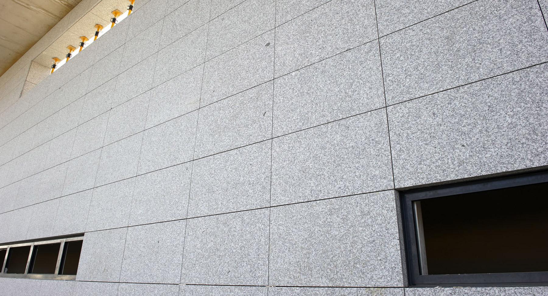 Obra dolcestone for Fachadas ventiladas de piedra